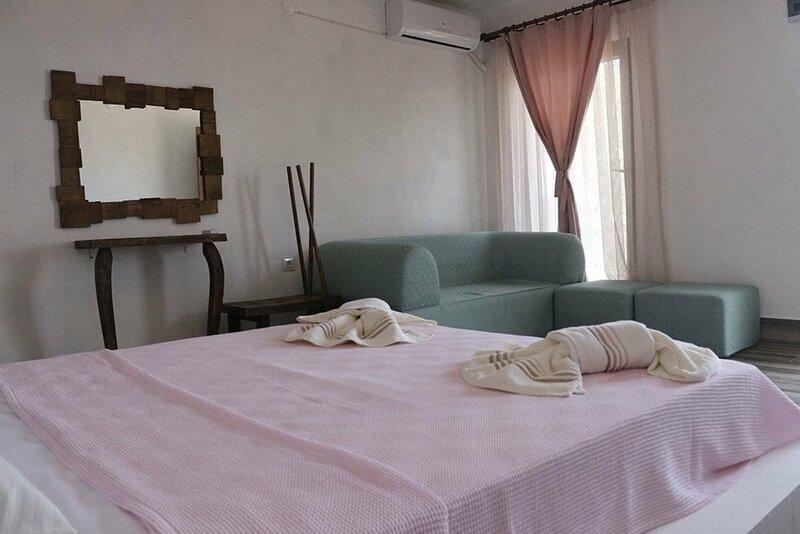 Assos Kotti Margot Hotel