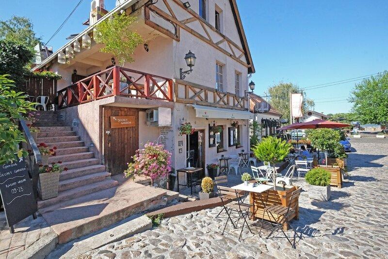 Cozy rooms at Gardos