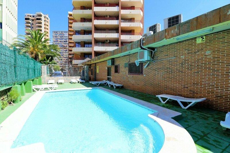 Carlos V Apartamentos