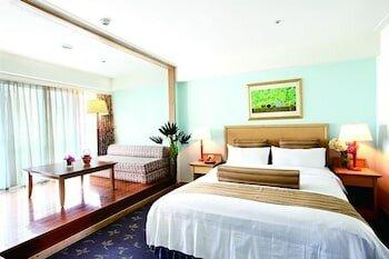 Beach Resort Green Bay