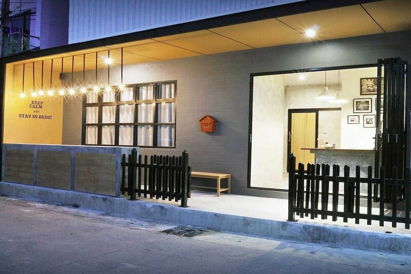 Oyo 1032 Beds Patong