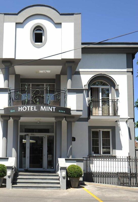 Отель Mint Garni