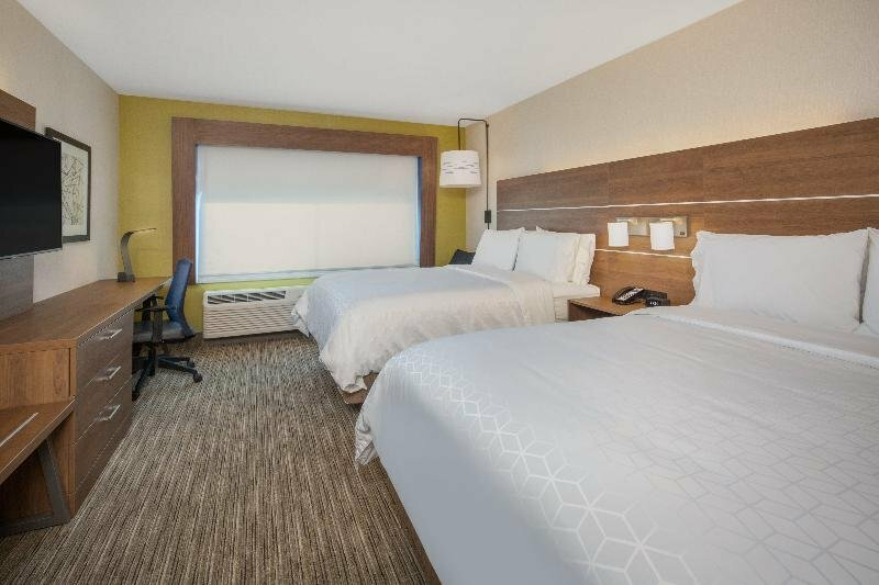 Holiday Inn Express And Suites Chico