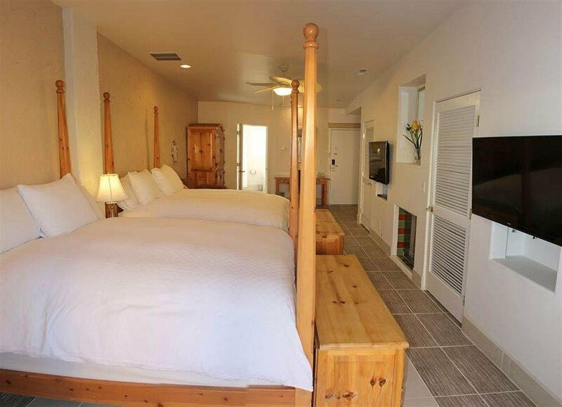 Amira Vacation Rental Resort