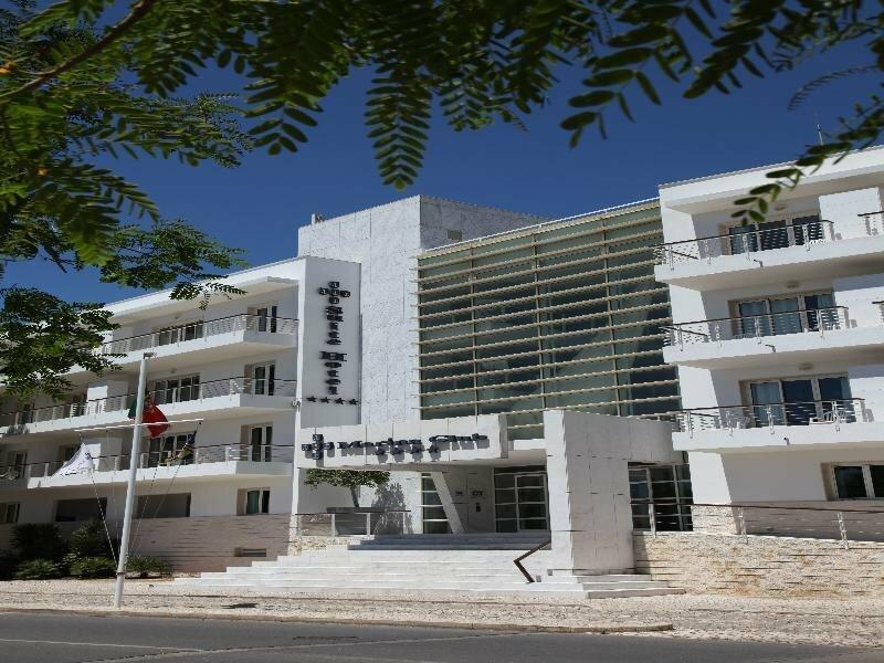 Apartamentos Turisticos Marina Club II