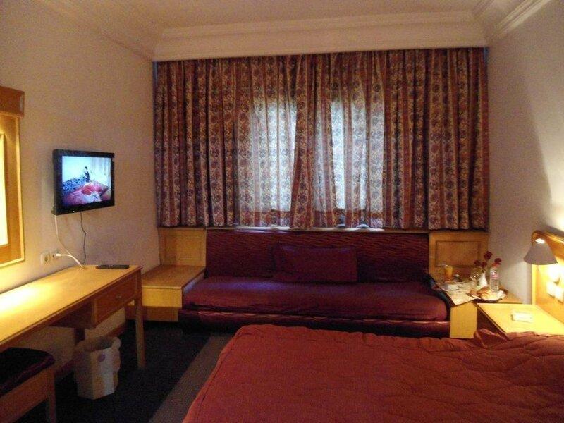 Hotel El Oumara