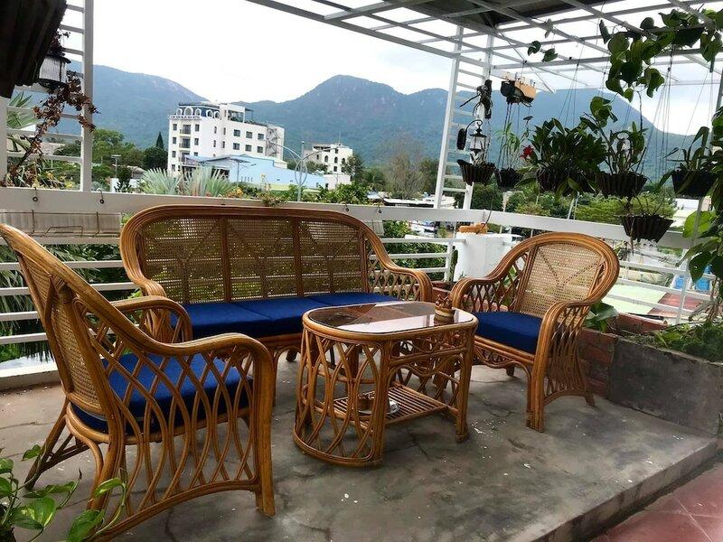 Con Son Island Hotel