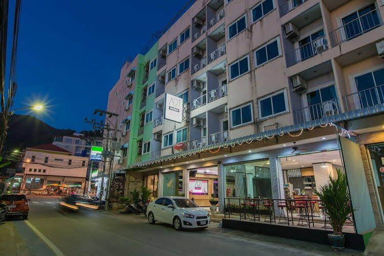 Pt Patong hotel
