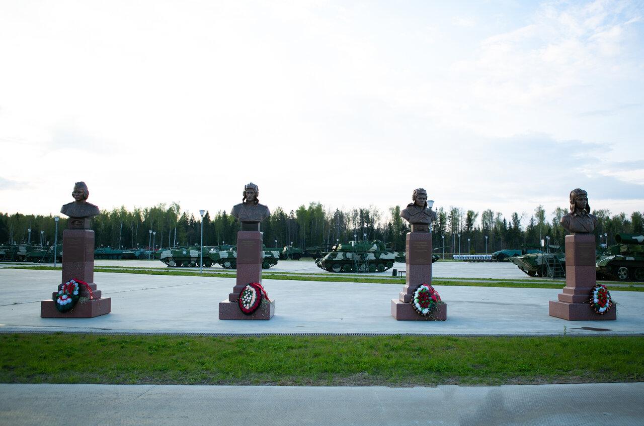 Памятники архитектуры курска фото