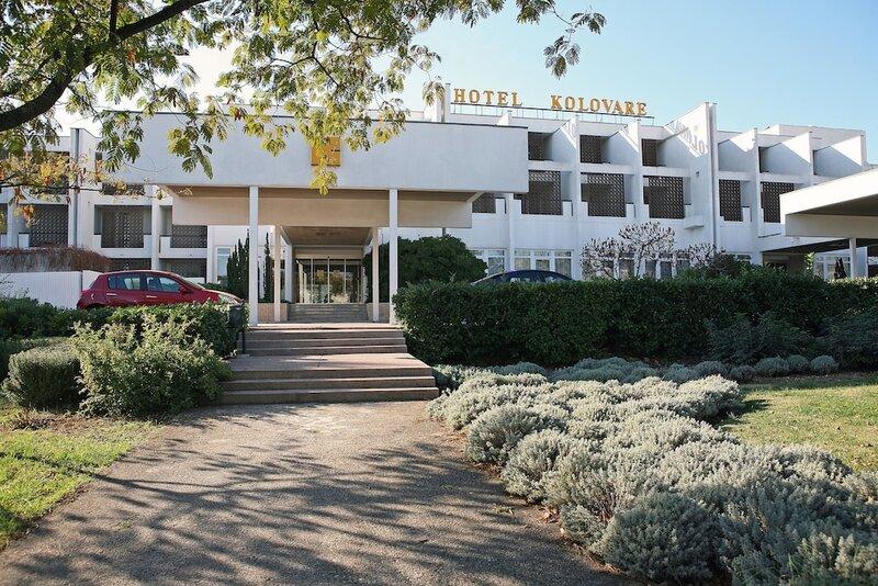 Hostel Kolovare