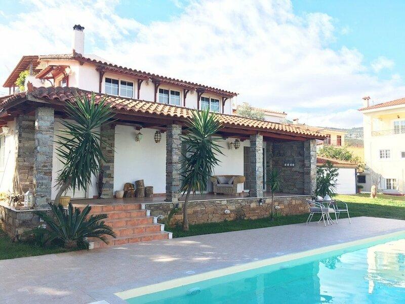 Amomos Villa with Swimming Pool