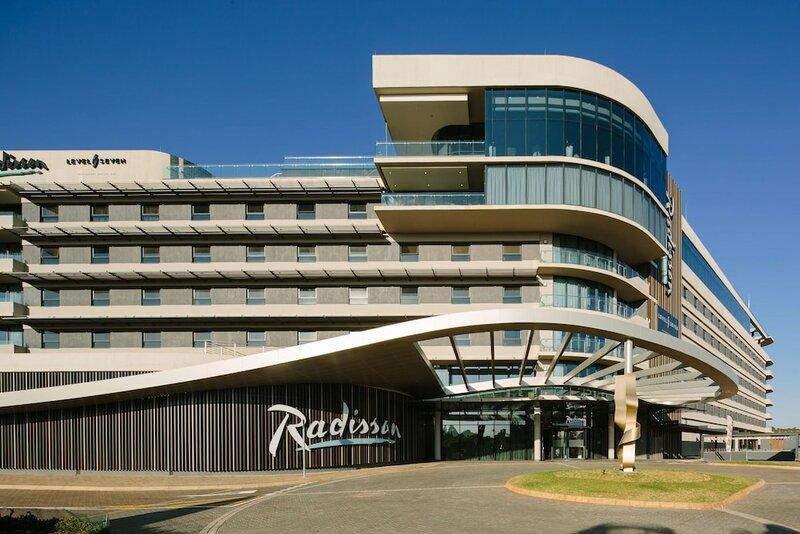 Radisson Hotel & Convention Centre Johannesburg, O. R. Tambo