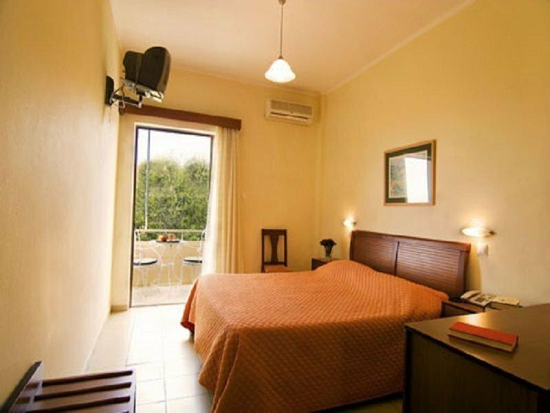 Stoupa Hotel