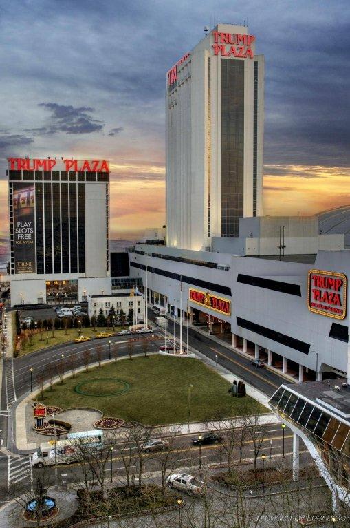 Trump Plaza & Casino