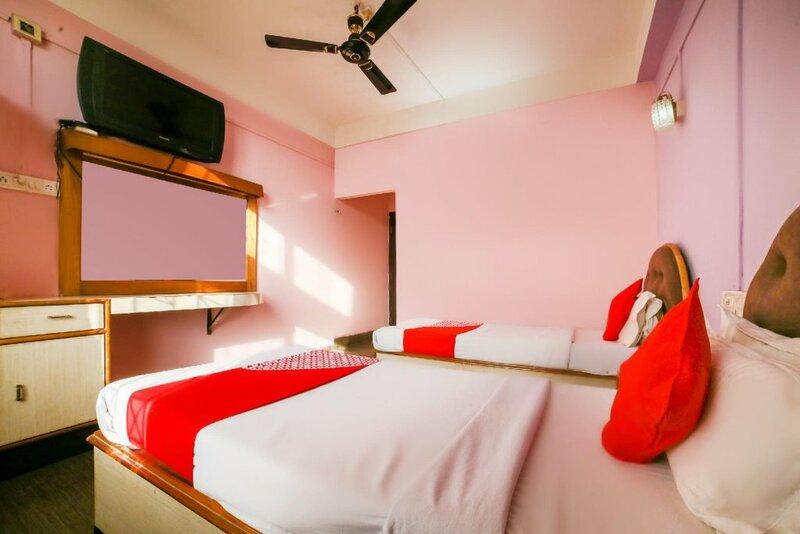 Oyo 69571 Hotel Spark