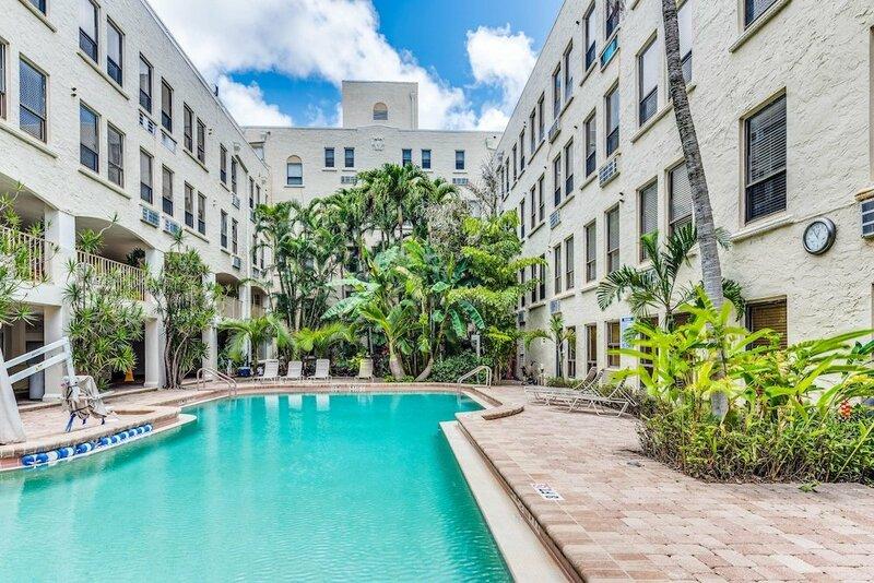 Historic Palm Beach Hotel Apartment 1