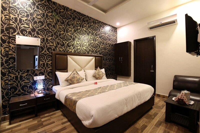 Oyo Rooms 111 Opp. Sangam Cinema