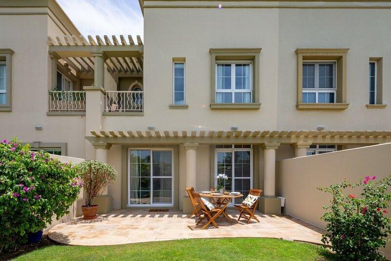 Radiant & Lush 2br Villa In The Springs 11 - Sleeps 6!