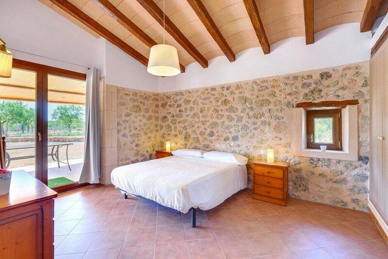 Villa Calvia by Priority Villas