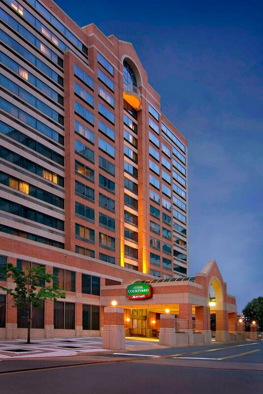 Courtyard by Marriott Arlington Crystal City/Reagan National Airport