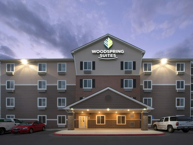 WoodSpring Suites Kansas City Stadium