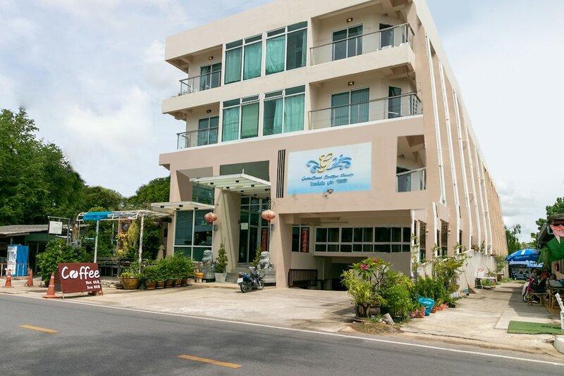 GoldenBeach Boutique Resort