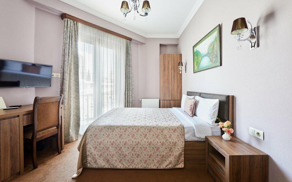 гостиница — Отель Pushkin — Тбилиси, фото №1