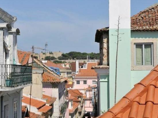 Myplace - Lisbon - Camoes