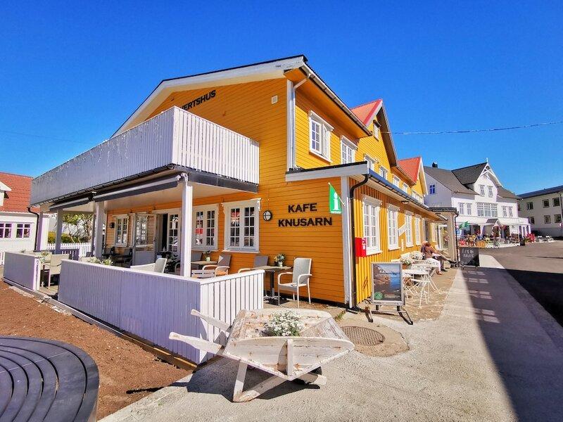 Henningsvær Guesthouse