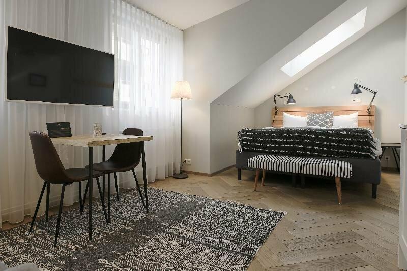 The Swan House – Reykjavik Apartments