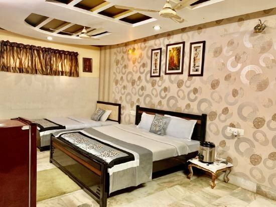 Rajeshwari Resort