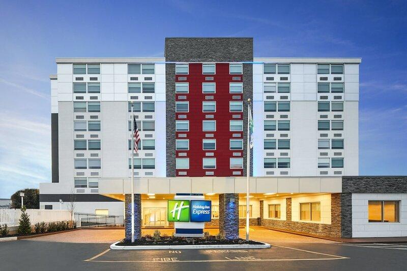 Holiday Inn Express Richmond - Midtown