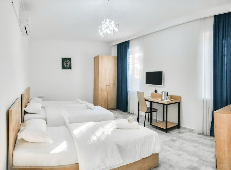 Отель WeStay