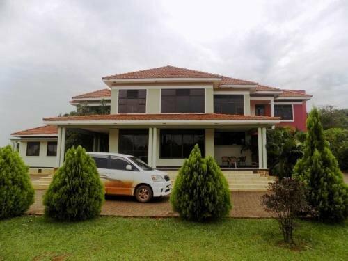 Bwerenga Villa