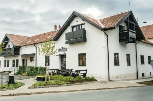 Hotel Restaurant Na NÁvsi