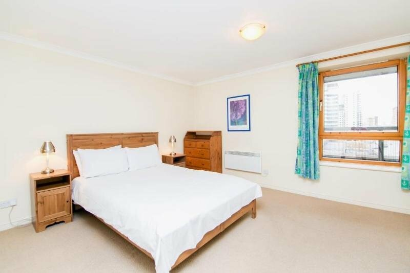 Meridian Place 2 Bed