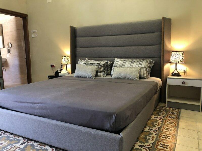 Lee's House Bed & Breakfast Sliema