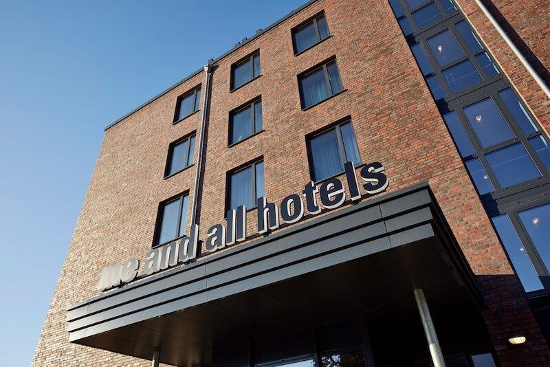 Me And All Hotel Kiel