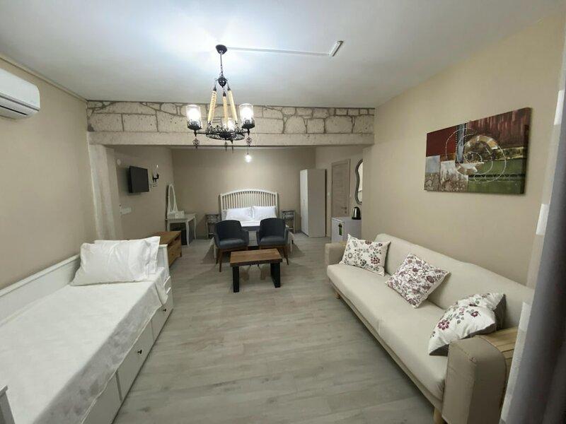 Fizzio Alacati Hotel