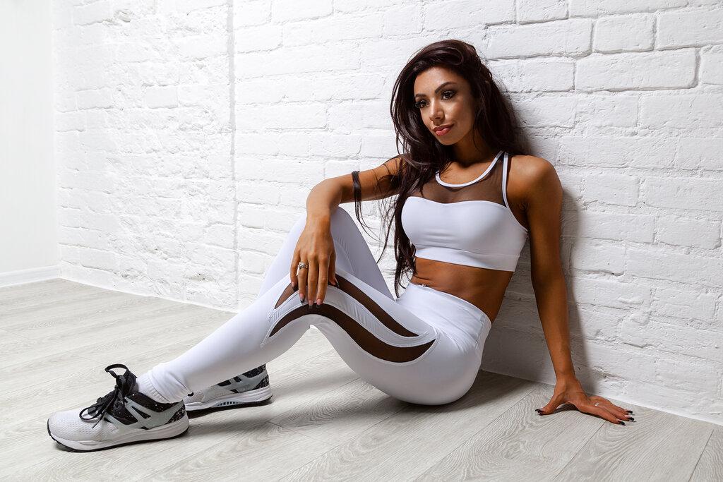 Картинки с девушками в спортивной одежде
