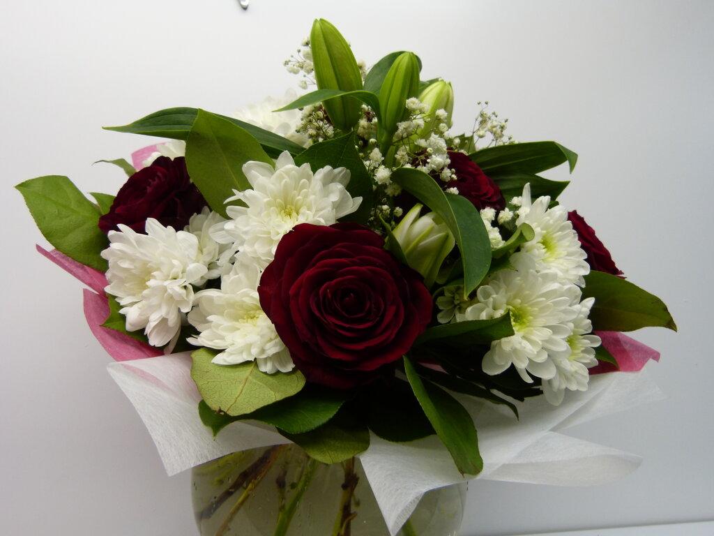 Доставка цветов по москва недорого в митино, букет цветов фруктов
