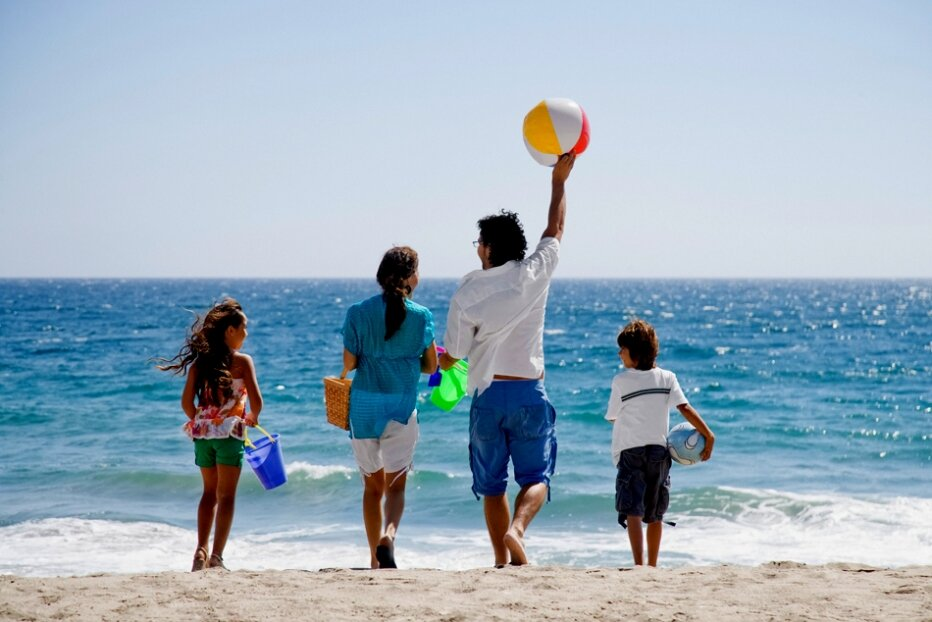 панели фото семьи на отдыхе в турции все потому что