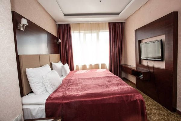Отель Grand Aiser Hotel