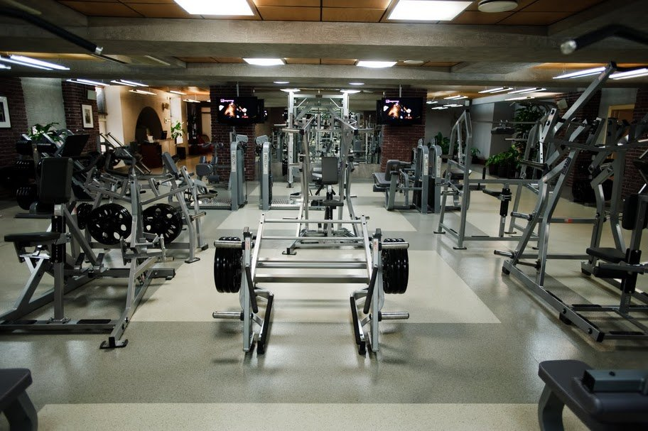 Фитнес клубы москвы чистые пруды дизайн стриптиз клуб