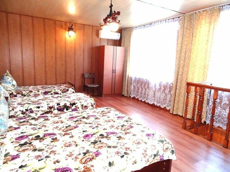 Мини-гостиница Дворик на Крымской