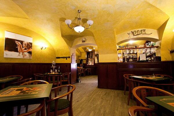 бар, паб — AbsinthaMagika - Абсент бар в Праге — Прага, фото №2