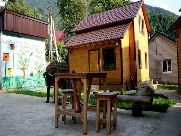 Гостевой дом Polyana Holiday