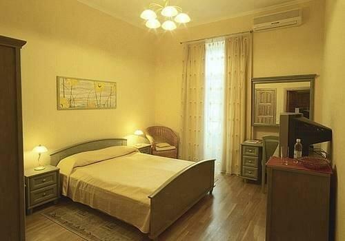 готель — Готель Sunflower — Київ, фото №1