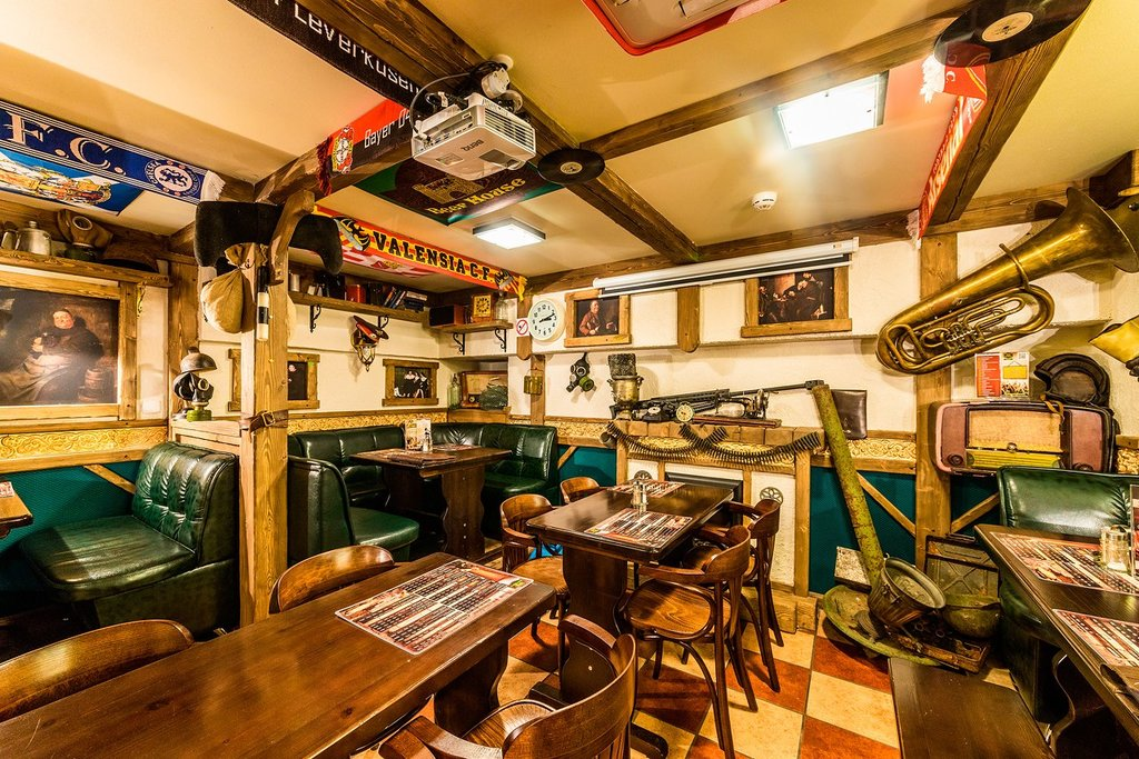 pub, bar — Beer House — Saint Petersburg, фото №7