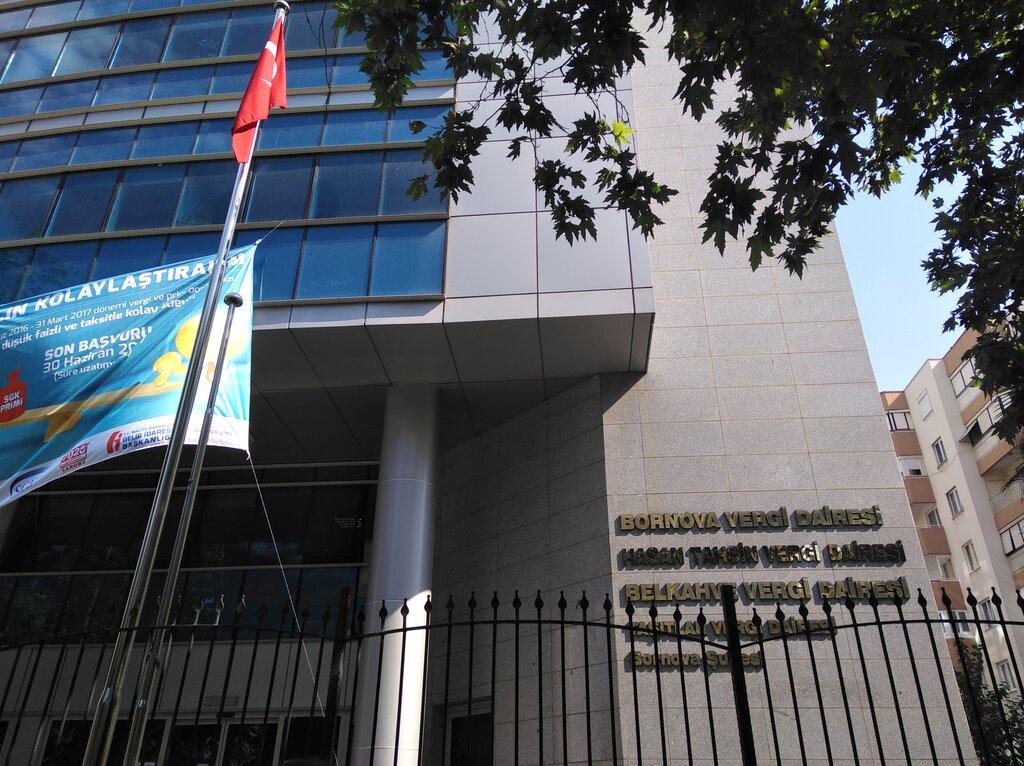 Bornava Vergi Dairesi, devlet kurumları ve bakanlıklar